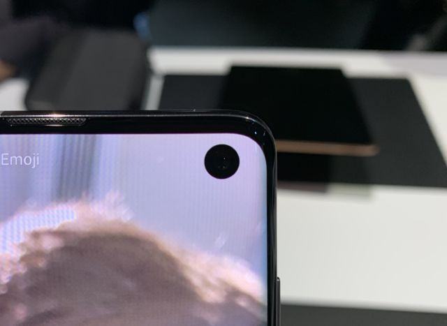 Samsung Galaxy S10, S10+, and S10e hands-on: Samsung is slowly