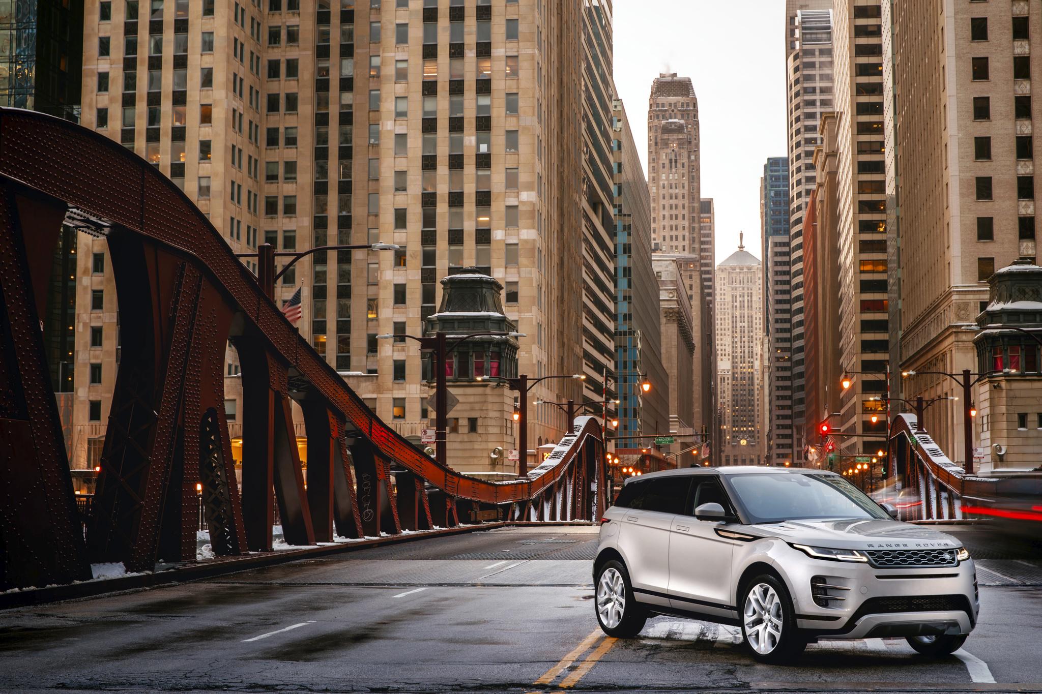 Second-generation Range Rover Evoque gets hybrid option | Ars Technica