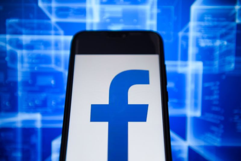 Facebook will shut down the Onavo VPN app and its spying capabilities