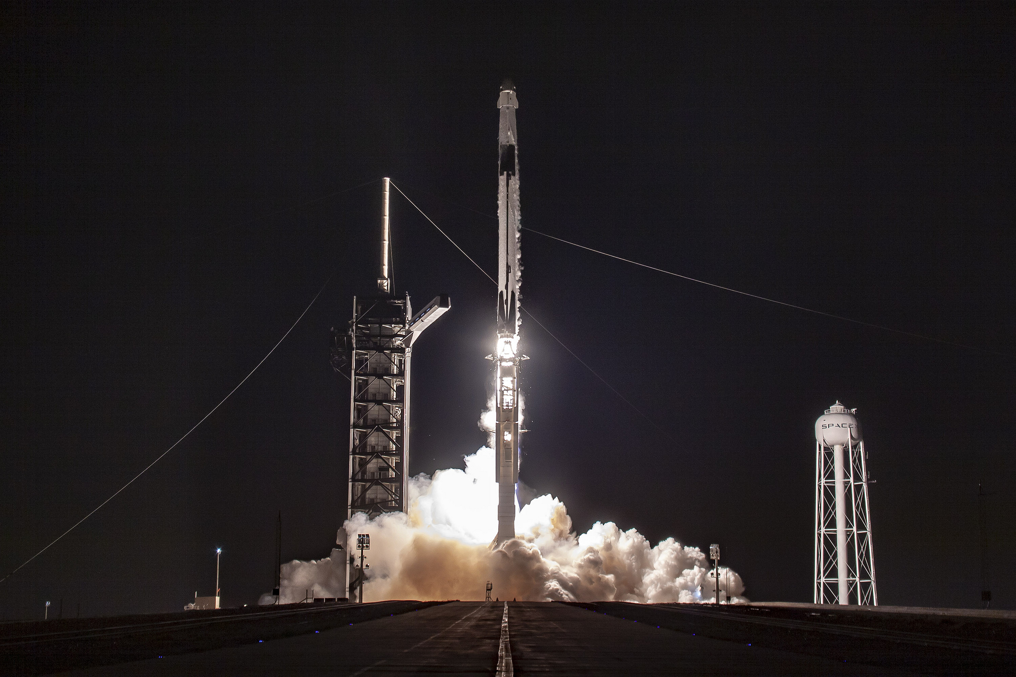 enlarge / a falcon 9 rocket launches on saturday morning from kennedy space  center carrying the crew dragon spacecraft