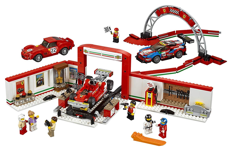 LEGO Speed Champions Ferrari Ultimate Garage product image