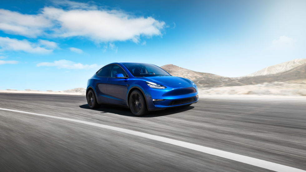 At quick Los Angeles event, Tesla announces the 300-mile-range Model Y