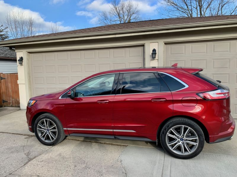 The 2019 Ford Edge Titanium.