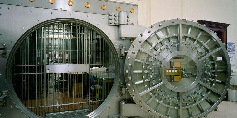 Vault-bank-760x380