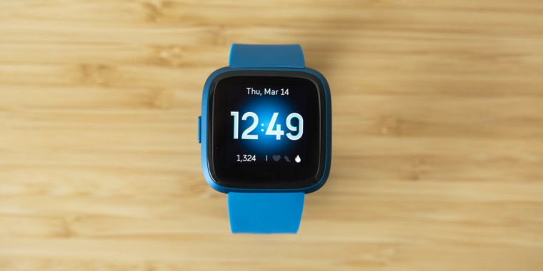 Mini-review: Fitbit's Versa Lite favors affordability over unnecessary features thumbnail