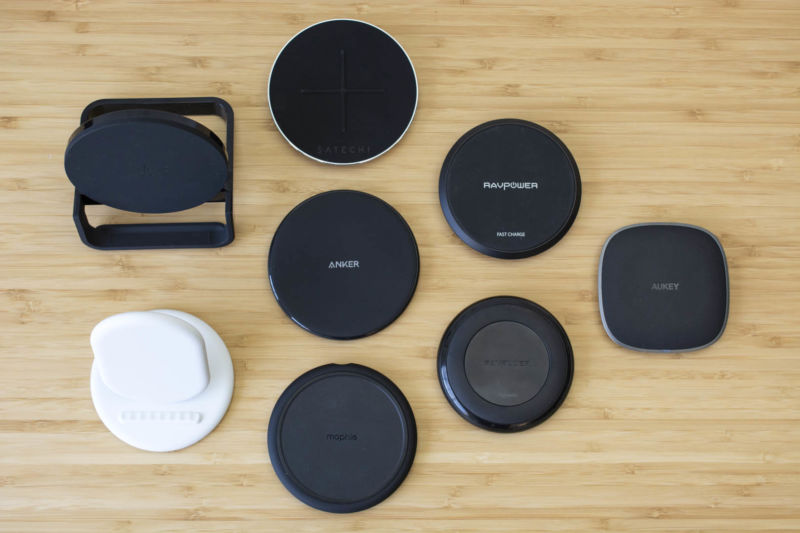 Guidemaster: The Best Wireless Qi Charging Pads for Your Smartphone