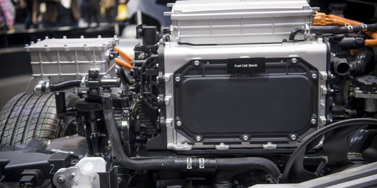 Bosch teams up with PowerCell to bring down the cost of fuel cells