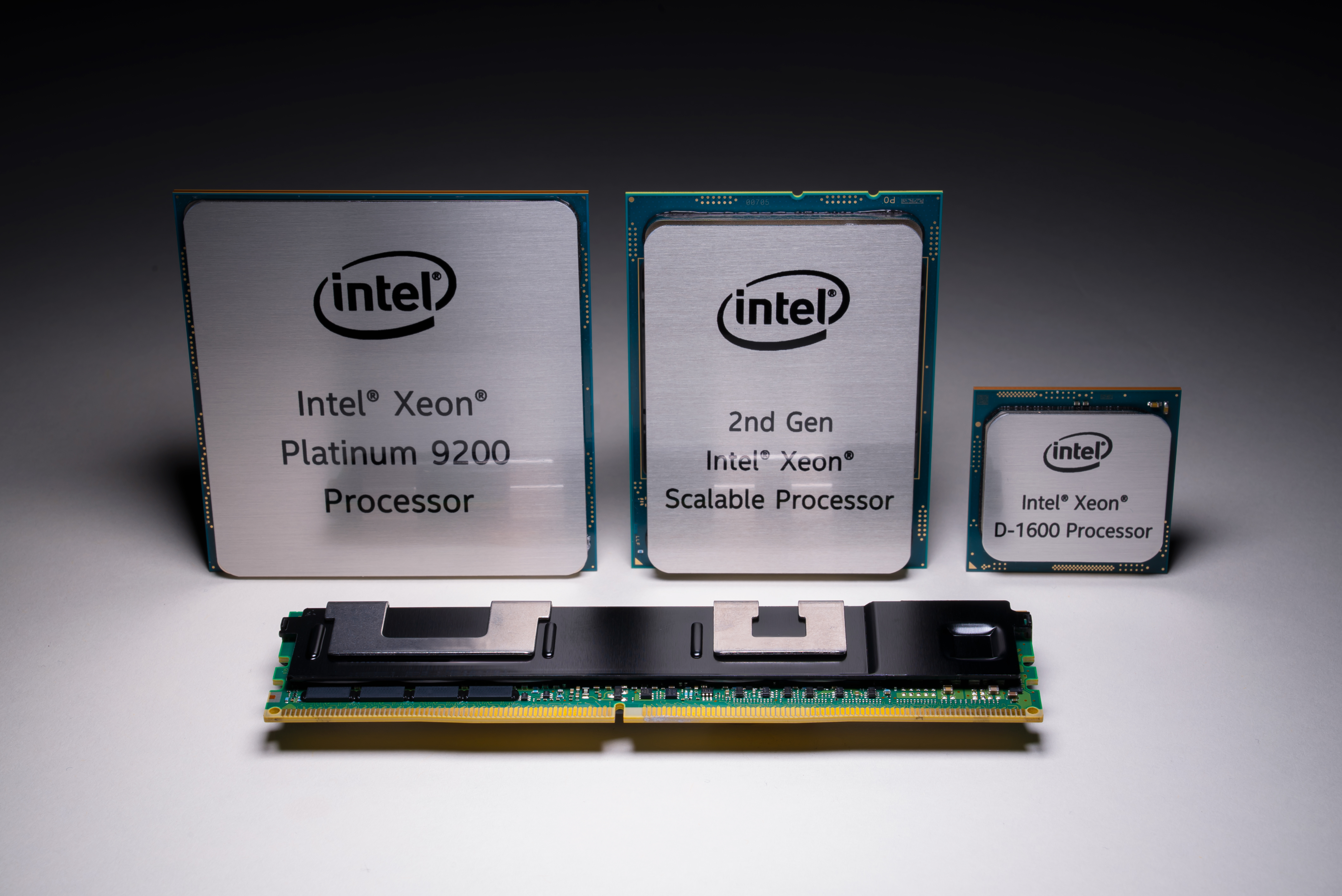 Intel's new assault on the data center: 56-core Xeons, 10nm FPGAs