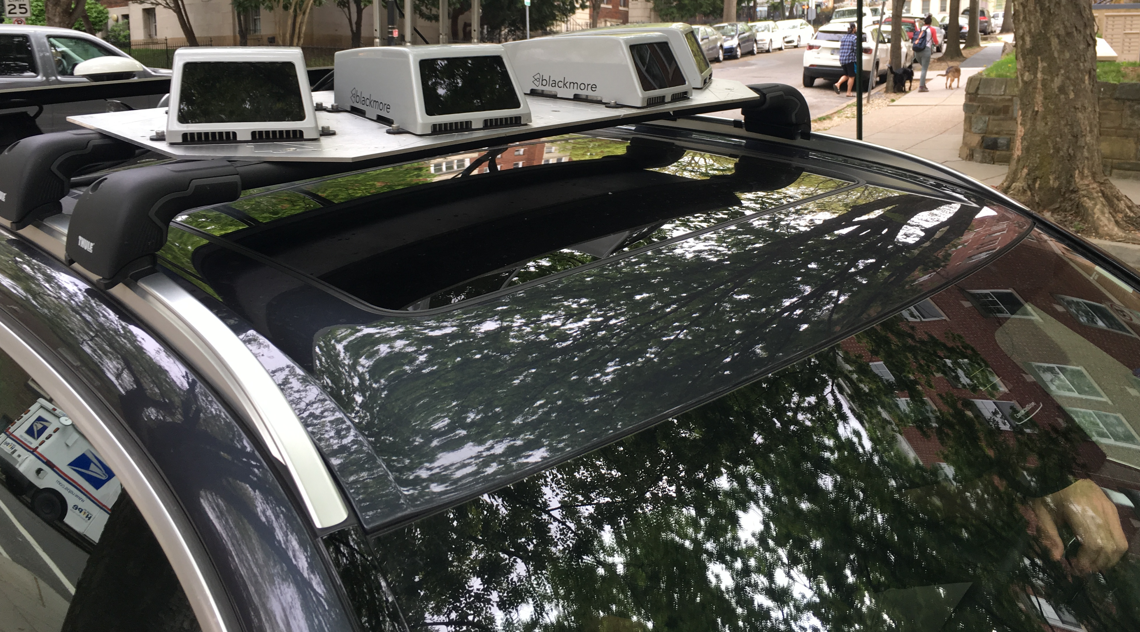 Two self-driving startups team up to build a different kind of lidar