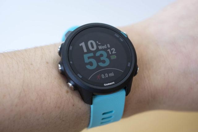 Orologio Garmin Forerunner 245 Music in streaming GPS.