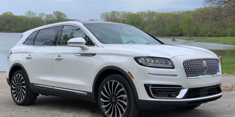 The 2019 Lincoln Nautilus—how does American luxury stack up?