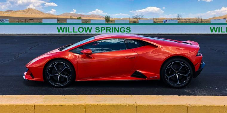 The Lamborghini Huracán Evo is actually proof of intelligent