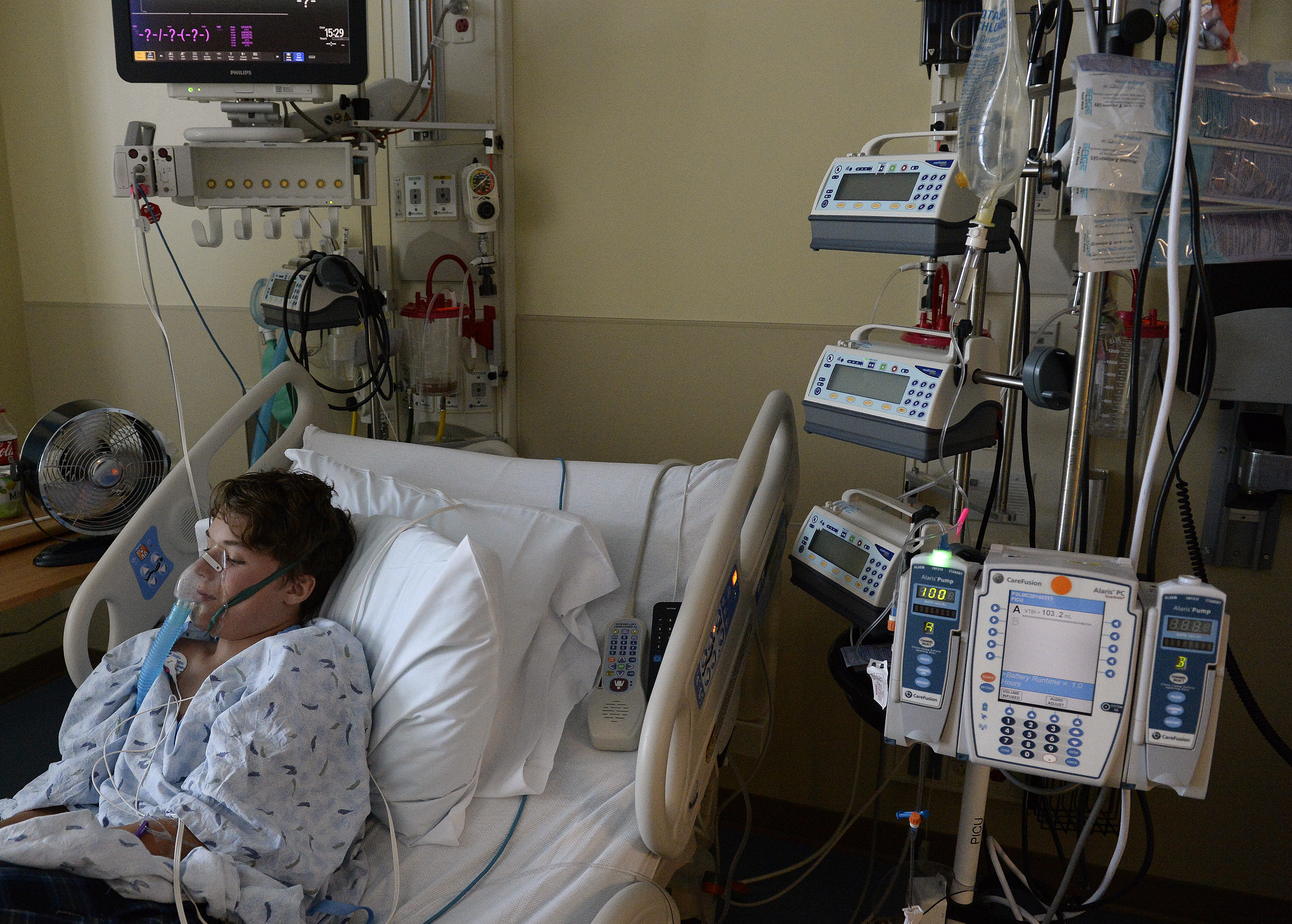 Mysterious illness that paralyzes healthy kids prompts plea
