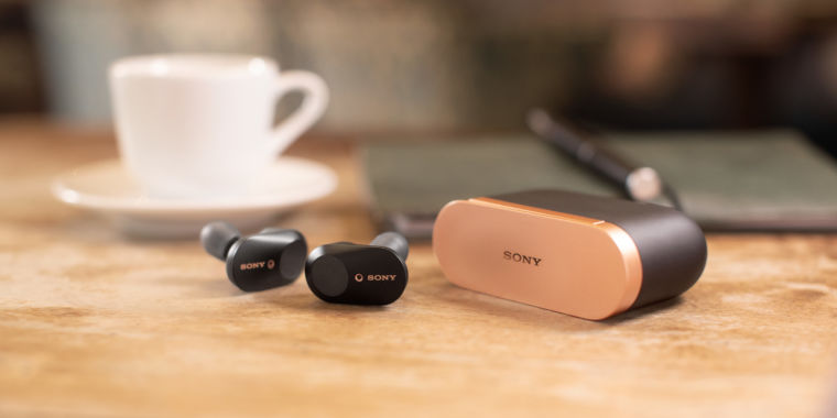 3fe6a0ae2a6 Sony WF-1000XM3: Noise-cancelling wireless earbuds take on AirPods | Ars  Technica