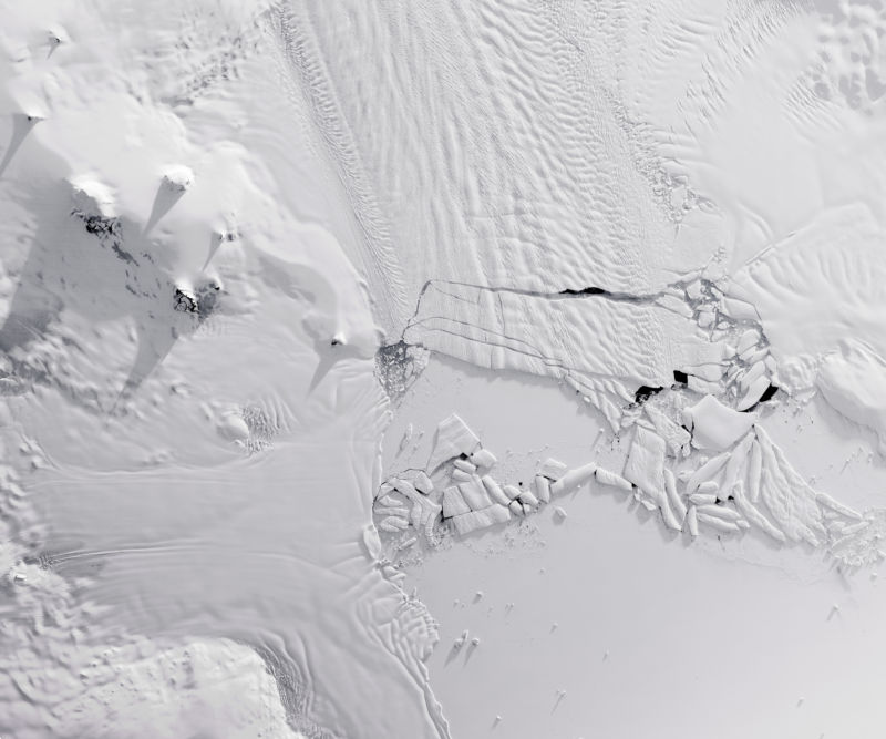 Antarctica's Pine Island Glacier sheds some icebergs. Could we... sort of... put them back?