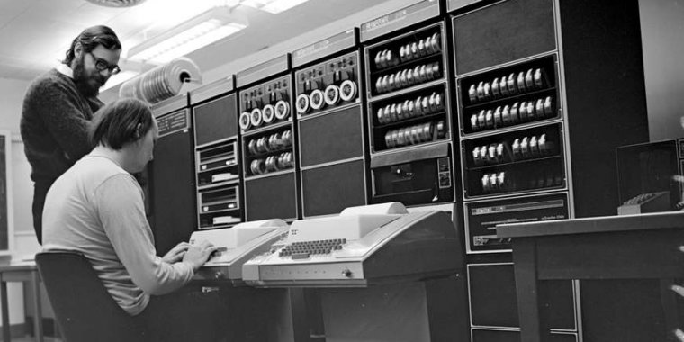 Unix at 50—it starts with a mainframe, a gator, and three dedicated researchers