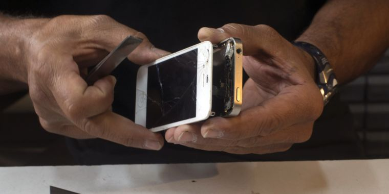 Apple gives third-party repair shops more access to authorized parts