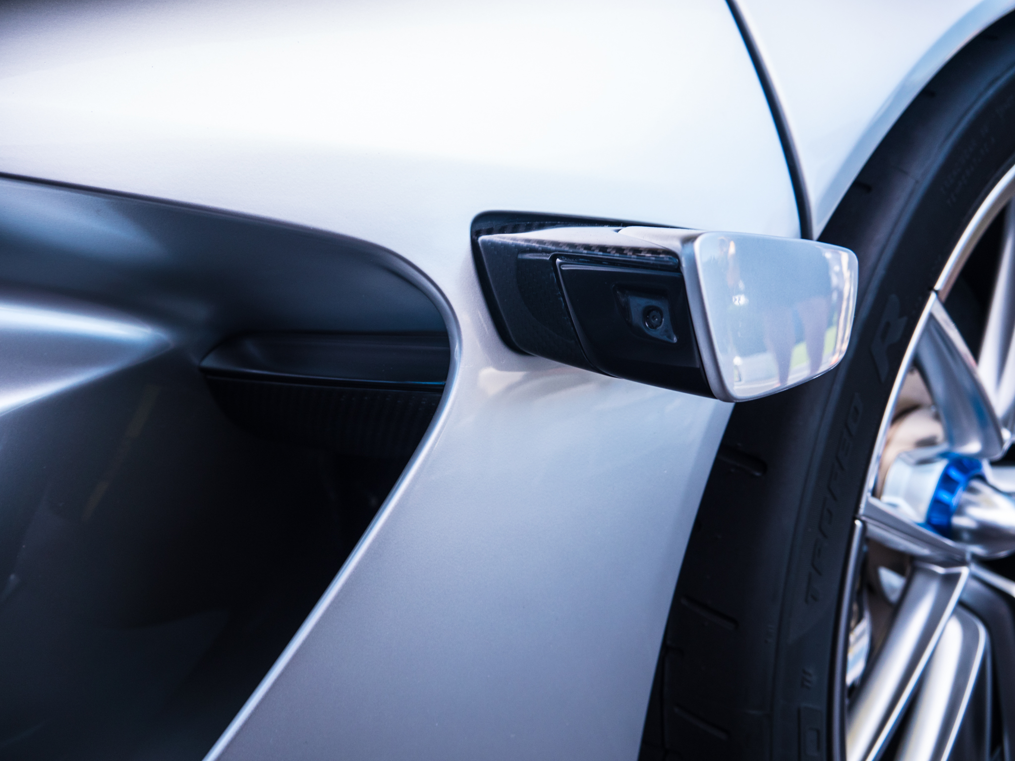 Cameras that replace side mirrors could be allowed on US