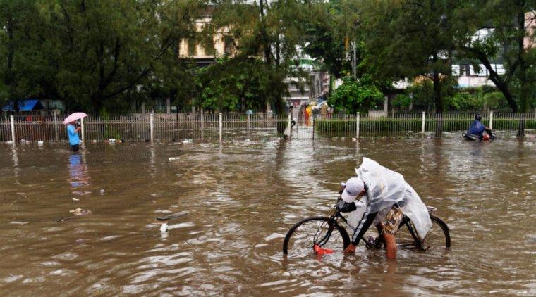 Street flooding in Jakarta in 2013.