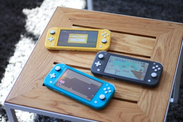 Hands-on: The Switch Lite is a smaller, more comfortable