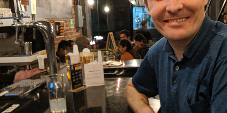 I tried to pay with bitcoin at a Mexico City bar—it didn't go well