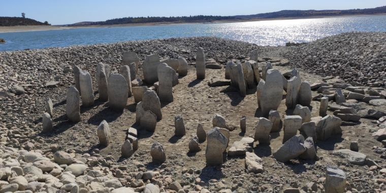 Spanish drought reveals submerged megalithic tomb