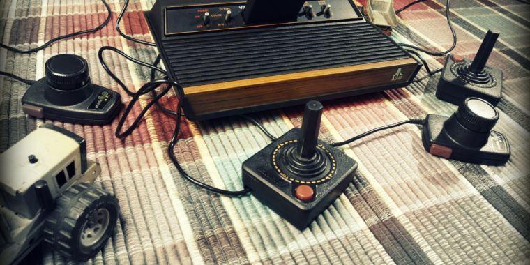 How a basement hacker transformed Donkey Kong for the Atari 2600