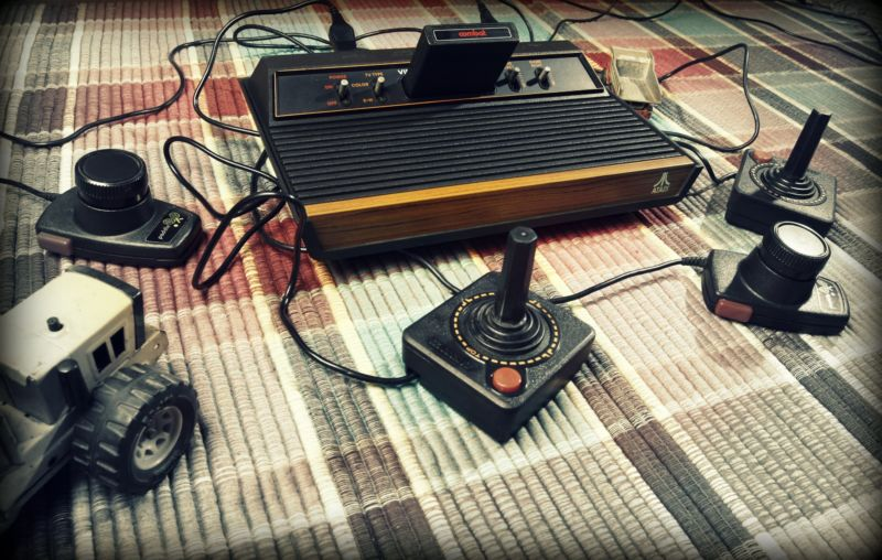 [UNVERIFIED CONTENT] Atari CX2600A from the year 1980 made in Hong Kong.