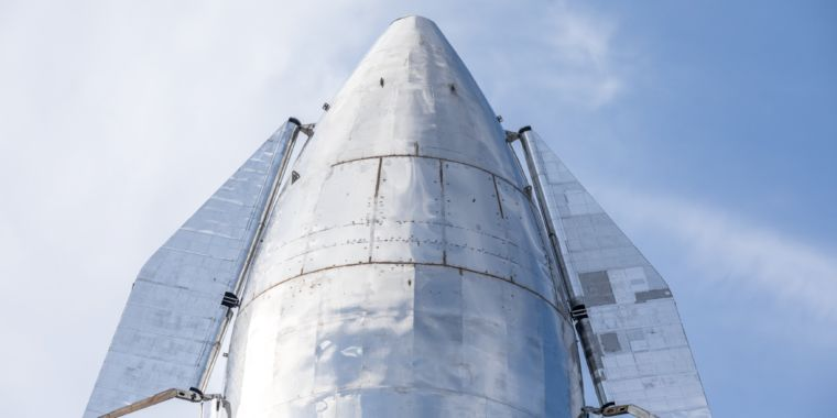 SpaceX pushing iterative design process, accepting failure to go fast