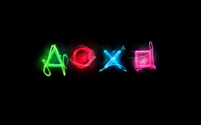 Heavily stylized Playstation logo.