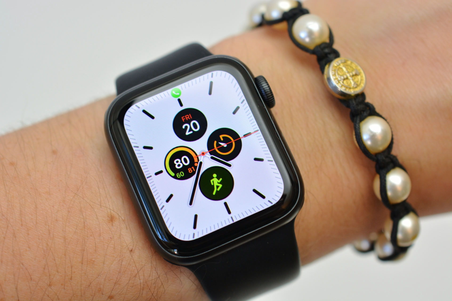Apple Watch Series 5 review: A better, more independent timepiece ...