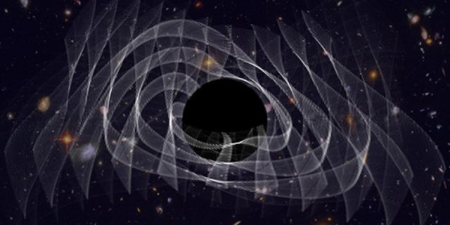 "Illustration of the ""overtones"" in the ringing signature of a newly formed black hole."