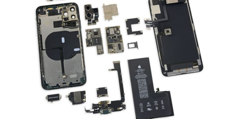 iFixit's iPhone 11 Pro Max teardown finds higher-capacity battery, 4GB of RAM