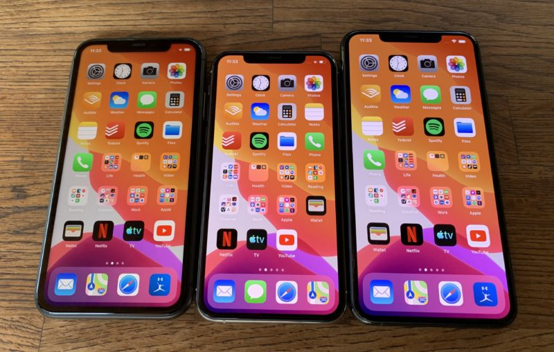 Apple's iOS 13.1.2 update addresses a camera glitch and other bugs