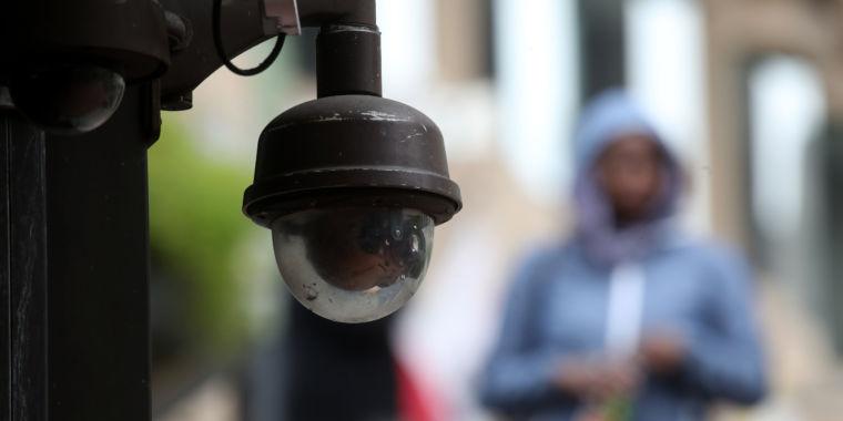 Secretive face-matching startup has customer list stolen
