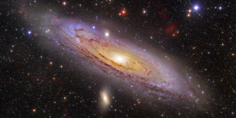 Building Andromeda: Galaxy ended up with stars orbiting at right angles