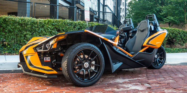 Extroverts only! We test the 2019 Polaris Slingshot SLR three-wheeler