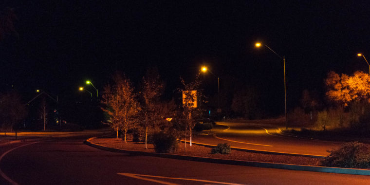 How Flagstaff Arizona switched to LEDs without giving astronomers a headache