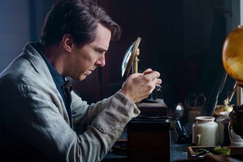 """""""My boys and I caught in a jar what before now has only flashed across the night sky."""" Benedict Cumberbatch plays Thomas Edison in <em>The Current War</em>."""