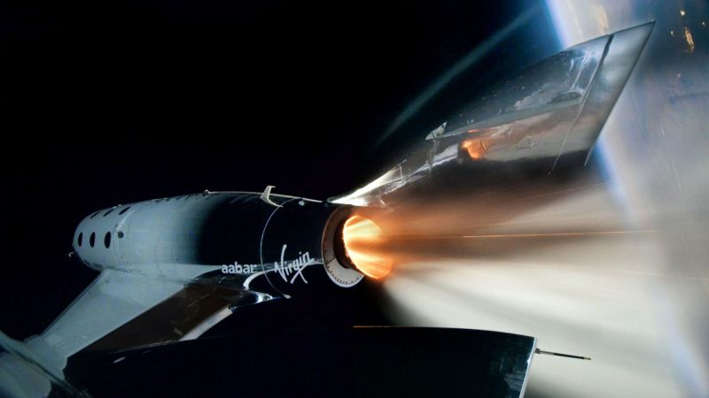 The VSS <em>Unity</em> spacecraft rockets to space on its first spaceflight.