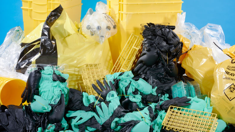There is no shortage of plastic in your average science lab.