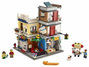 Lego Townhouse Pet Shop and Café product image