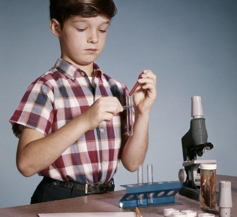Nici unul dintre tinerii presupuși științe de știință implicate aici.
