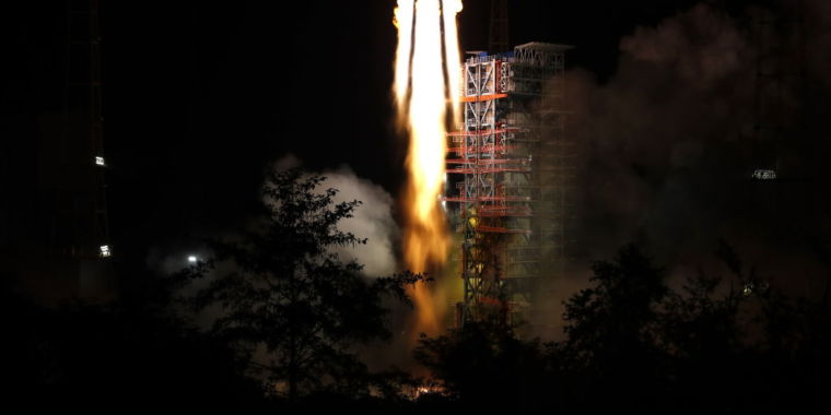 China keeps dropping toxic rocket parts on its villages