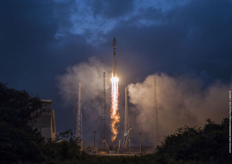 Soyuz ascends from the Spaceport in French Guiana in February, 2019, carrying the first six satellites for OneWeb.