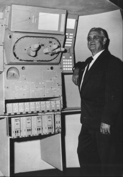 "<a href=""https://en.wikipedia.org/wiki/Charles_Stark_Draper"">Charles Stark Draper</a>, founder and head of the MIT Instrumentation Laboratory (later renamed the Charles Stark Draper Laboratory), examining an Apollo guidance and control mock-up in 1963."