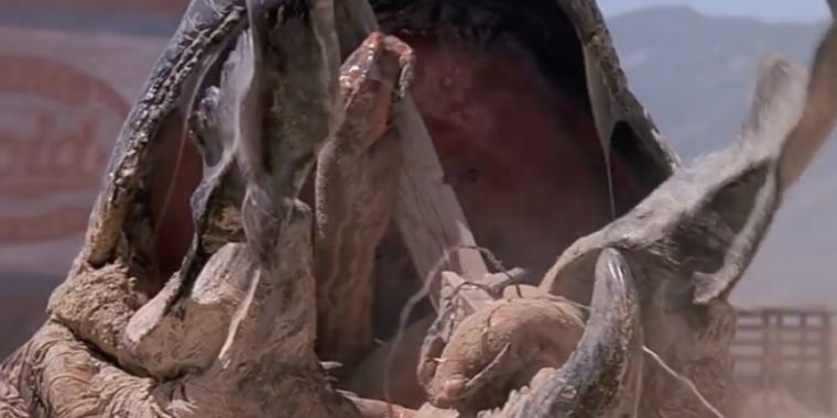 Tremors turns 30, the most perfect B movie creature feature ever made