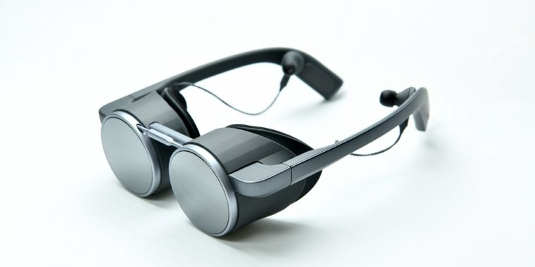 """Panasonic breaks out of VR's """"headset"""" bubble with fresh """"eyeglasses"""" design"""