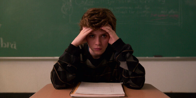 I Am Not Okay With This delivers a fast and familiar teen-ekensis tale