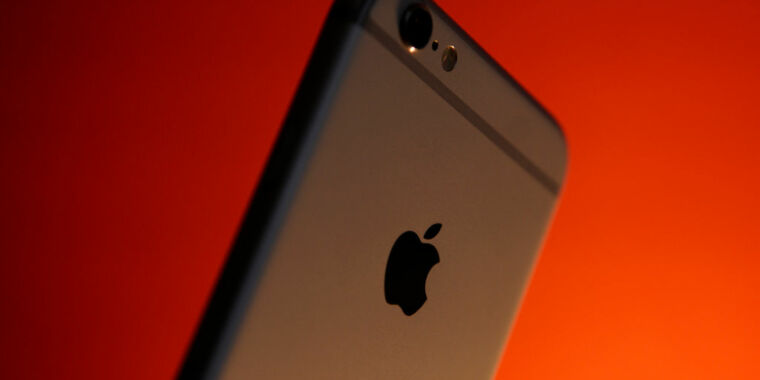 Apple settles with states for $113M over iPhone battery throttling – Ars Technica